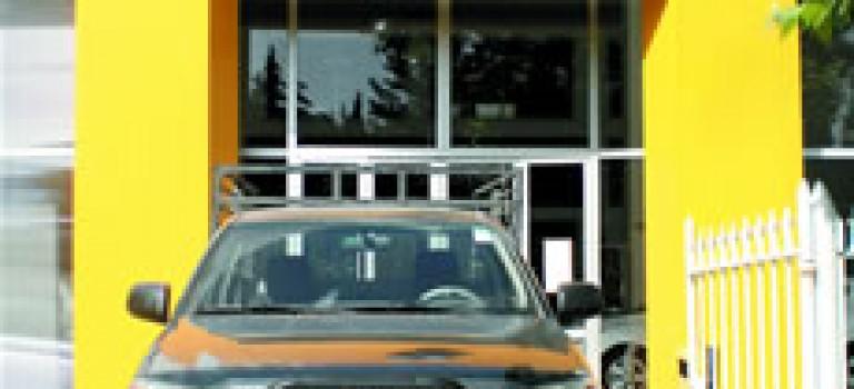 Toyota Hilux côtoie Renault