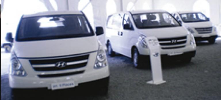 Hyundai H1 Van 2.5 CRDI déballe la carte confort et efficacité en VU ou VP