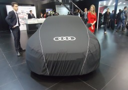 """Audi dans l'usine de Relizane"""