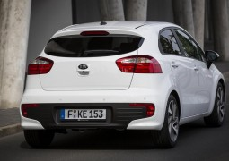 kia-reveals-2015-rio-facelift-ahead-of-paris-debut-photo-gallery_1