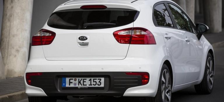 Kia Rio Facelift 1,4 107 ch et Sorento se dévoilent avant le Salon d'Alger 2015