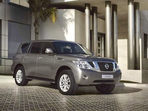 Nissan-Patrol_2011_1280x960_wallpaper_02