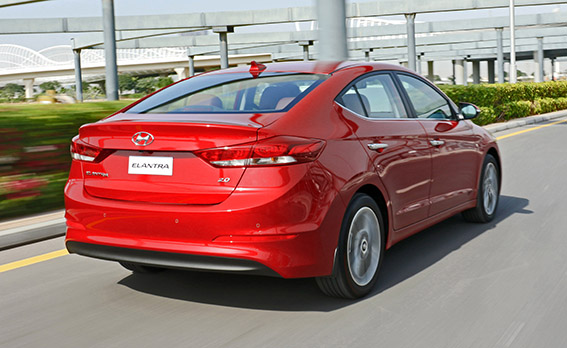 New Arr Elantra Hyundai