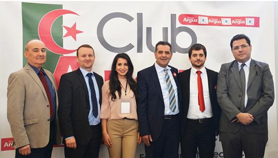 De droite à gauche : Sefiane Hasnaoui (Président de l'AC2A) – L'équipe Argus Algérie : Alexandre ALLANIC (Responsable Développement), Mourad Saadi (Directeur Gérant), Sabrine Saadi (Responsable Marketing),  Fabien Lecoeuche (Directeur Projet), Alain Mazzocut (Directeur Valorisation)