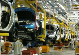 PRODUCTION AUTOMOBILE MONDIALE EN BAISSE  CONSECUTIVE