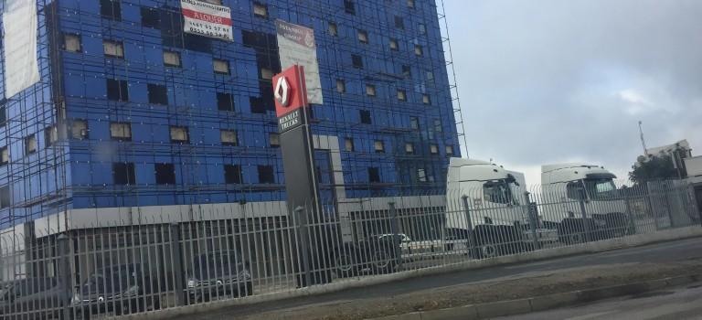 Renault Trucks : première Image des camions  montés en Algérie exposés au nouveau  showroom d'Alger Ouest