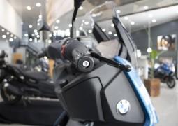 BMW affiche le prix des nouveaux scooters C400 X et  C400 GT