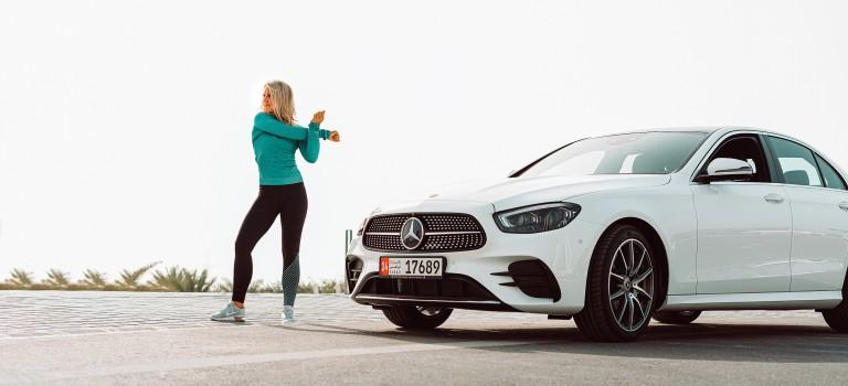 Le féminisme en compagne au service de l'automobile : Emirates Motor Company célèbre les femmes à Abu Dhabi avec She's Mercedes